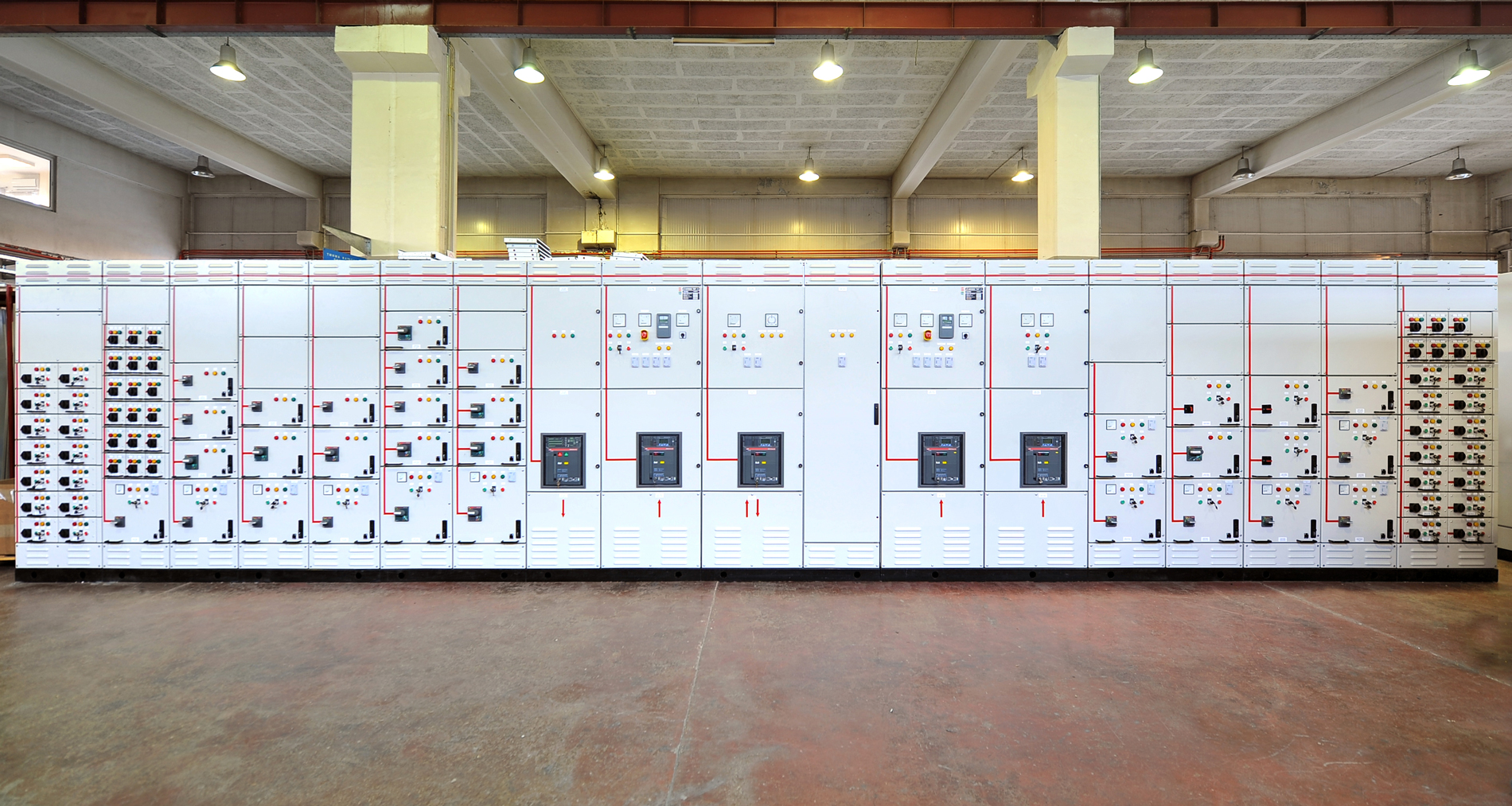 LOW VOLTAGE switchboard - SIAFARAS ELECTRIC SYSTEMS